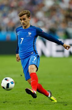 Antoine Griezmann of France in action during the UEFA Euro 2016 Group A match between France and Romania at Stade de France on June 10, 2016 in Paris, France.