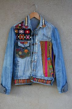L Unique OOAK Vintage Jean Jacket Vintage Denim Womens Vintage Blue Distressed Jean Jacket EMBROIDERED Jacket Horse Spirit Animal sz M