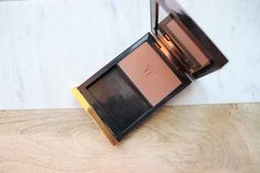 Tom Ford Translucent Finish Powder in Sahara Dusk