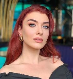 Turkish Women Beautiful, Turkish Beauty, Turkish Actors, Kaftan, Hair Beauty, Make Up, Celebrities, Hair Styles, Artist