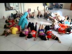 ZUMBA KIDS ... GOTITAS DE AMOR - YouTube