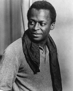 themaninthegreenshirt:Miles Davis, great pic of the man who invented cool!