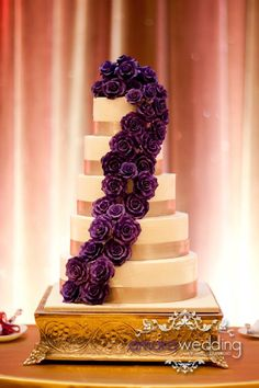 Daily Wedding Cake Inspiration (New!). To see more: http://www.modwedding.com/2014/07/25/daily-wedding-cake-inspiration-new-4/ #wedding #weddings #wedding_cake Featured Wedding Cake: Aeyra Cakes; Featured Photographer: Amara Wedding