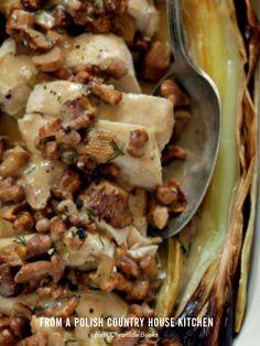 delicious fall #dinner #party idea - chicken & mushrooms.