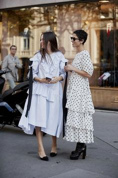 The Best Street Style Of Paris Fashion Week SS19- ellemag #beststreetfashion