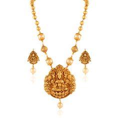 South Indian Jewelry - Gold Temple Necklace | WedMeGood #wedmegood #indianbride #indianwedding #goldjewelry #templejewelry #southindianjewelry #southindian