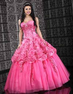 quiero este vestido para los 15 de mi hija