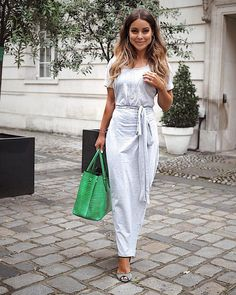 "9a8257637827 Louise Thompson on Instagram: ""👍🏽 Spent the day trotting around soho for  meetings with some awesome brands... and pretty chuffed with my outfit  choice ..."