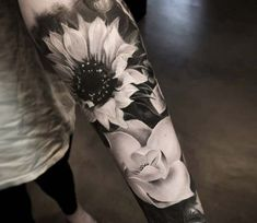 Flowers tattoo by Mike Flores Sunflower tattoo – Fashion Tattoos Sunflower Tattoo Sleeve, Sunflower Tattoo Shoulder, Sunflower Tattoos, Tattoo Cou, Arm Tattoo, Body Art Tattoos, Wrist Tattoos, Tatoos, Arm Sleeve Tattoos