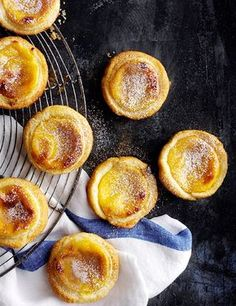 Make classic Portuguese custard tarts Pastéis de Nata with step-by-step help from the olive test kitchen. Dusting the pastry with icing sugar gives the tarts a golden, caramelised crust when cooked (Baking Cookies Pie) Portuguese Custard Tart Recipe, Portuguese Recipes, Tart Recipes, Sweet Recipes, Baking Recipes, Cod Recipes, Fudge Recipes, Köstliche Desserts, Dessert Recipes