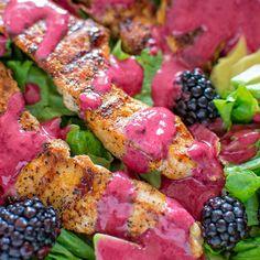 Chicken Avocado Salad with Blackberry Dressing - COOKTORIA.COM