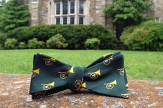 Atlanta Steeplechase bow tie by Brier & Moss