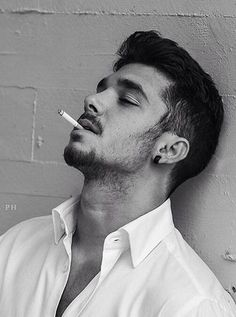 Guy Smoking Cigarette, Cigarette Men, Men Smoking Cigarettes, Hot Guys Smoking, Man Smoking, Human Reference, Art Reference, Nicotine Addiction, Up In Smoke