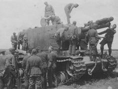 First captured KV-2, interested Wehrmacht soldiers