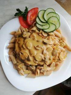 Mustáros-krémsajtos tarja gombával 🍄🥩 Meat Recipes, Healthy Recipes, Hungarian Recipes, Pork Dishes, Food Hacks, I Foods, Risotto, Macaroni And Cheese, Main Dishes