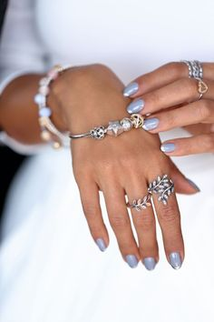 Pandora Jewelry OFF!>> How to Choose the Best Nail Polish Colors for Your Skin Tone Charms Pandora, Pandora Rings, Pandora Bracelets, Pandora Jewelry, Silver Jewelry, Best Nail Polish, Nail Polish Colors, Nail Polishes, Color Nails