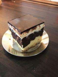 Donauwelle - super easy, ein schmackhaftes Rezept aus der Kategorie Kuchen. Bewertungen: 1.151. Durchschnitt: Ø 4,5.