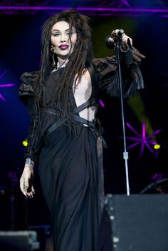 Pete Burns on stage