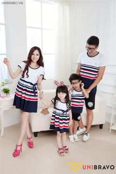 Striped Family Clothing Parent-Child set Father and son T shirts Mother and Daughter Dresses Family Matching Clothes, Matching Christmas Outfits, Matching Family Outfits, Matching Clothes, Twin Outfits, Kids Outfits, Mother Daughter Matching Outfits, Stylish Couple, One Piece Dress, Outfit Sets