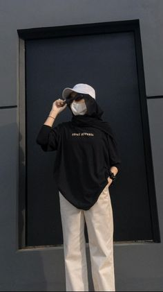 Modest Fashion Hijab, Modern Hijab Fashion, Street Hijab Fashion, Korean Fashion Dress, Casual Hijab Outfit, Hijab Fashion Inspiration, Ootd Hijab, Diy Clothes And Shoes, Iranian Women Fashion