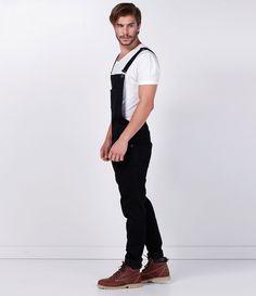 Macacão masculino  Calça skinny  Marca: Blue Steel  Tecido: jeans  Composição: 83% algodão, 15% poliéster e 2% elastano  Modelo veste tamanho: 42    Medidas do modelo:    Altura: 1,88  Tórax: 98  Cintura: 80  Quadril: 100    COLEÇÃO INVERNO 2016    Veja outras opção de    produtos masculinos.