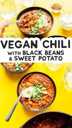For a hearty filling satisfying meal Sweet Potato and Black Bean Chili is the way to go. This vegan chili is easy to make and great for meal prep! It's a flavor packed vegan dinner idea that the whole family will love. Vegetarian Recipes Dinner, Vegan Dinners, Vegan Vegetarian, Dinner Recipes, Healthy Recipes, Vegetarian Mexican, Vegan Soups, Protein Recipes, Vegan Protein