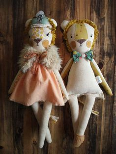 The Wonder-filled lioness by DaintyCheeksBoutique on Etsy