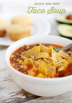 Quick and Easy Taco Soup! Great simple dinner recipe. Perfect for cold weather. Slow Cooker Recipes, Crockpot Recipes, Soup Recipes, Cooking Recipes, Healthy Recipes, Quick Recipes, Simple Recipes, Easy Cooking, Quick And Easy Taco Soup Recipe