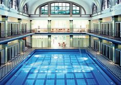 Stadtbad Münsterstraße (Münsterbad), Düsseldorf-Derendorf. Water Architecture, Spas, Old Photos, Cities, Sweet Home, Germany, Europe, Mansions, House Styles