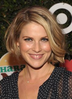hairstyles for women over 40 with thick hair | ... Bob Hairstyle with Waves for Women Over 40 – Ali Larter Hairstyles
