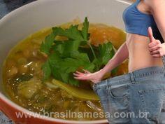 Como funciona a Dieta Milagrosa? Ela realmente emagrece um kg por dia?     //   //   A receita dessa sopa baseia-se na dieta elaborada por recomendação dos