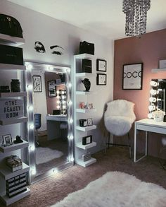 Home Interior Salas Bedroom Decor For Teen Girls, Room Ideas Bedroom, Teen Room Decor, Small Room Bedroom, Home Decor Bedroom, Interior Livingroom, Beauty Room Decor, Makeup Room Decor, Cute Room Decor