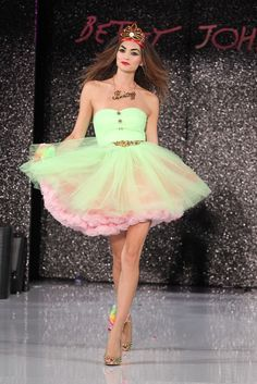 Betsey Johnson RTW Spring 2013 - Runway, Fashion Week, Reviews and Slideshows - WWD.com