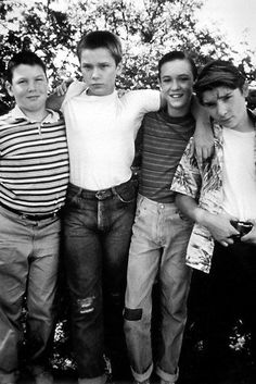 River Phoenix, Corey Feldman, Jerry O'Connell and Wil Wheaton in Stand by Me 24x36 Poster