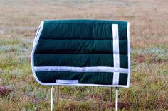 Hunter green and white eventer pad