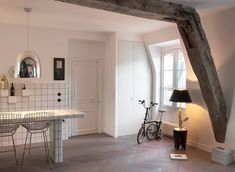 Stylish French living by Agence Marie Deroudilhe.