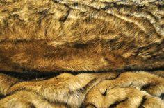 Webpelz Langhaar kuscheliges Kunstfell Wolf Braun Stoff Stoffe Deko NB3674-2 in Business & Industrie, Textilgewerbe & Schneiderei, Stoffe & Materialien | eBay!