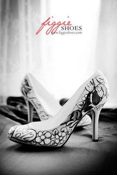 Zapatos de Novia pintados a mano. Fotos y diseños de Figgie Shoes.