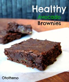 healthy brownies (with avocado!)