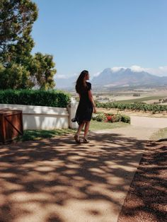 Top 5 Wine Farms or Estates in the Cape Winelands that you need to vist when you are in Cape Town. Groot Constantia, Spier, Spice Route and La Motte. National Botanical Gardens, Biomes, Beach Walk, White Sand Beach, New Adventures, Day Tours, Holiday Destinations, Small Towns, We The People
