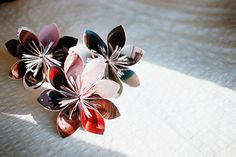 Recycled Magazine Flower.15 Simple DIYs to Repurpose Those Old Stacks of Magazines via Brit + Co.