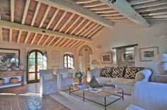 beautiful living room - Casa tuscany