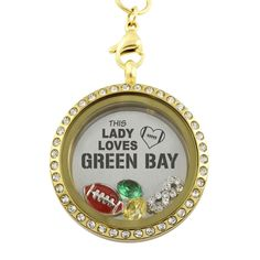 This Lady Loves Green Bay Football