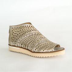 Anita sandals