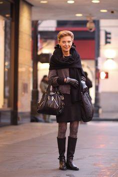 Seattle senior style: Susan Posner in black.