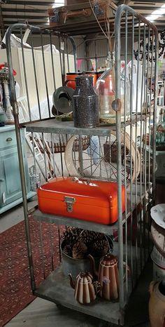 Stoere bakkers trolley @ www.detijdvantoen.net Brocante Vintage & Restyle