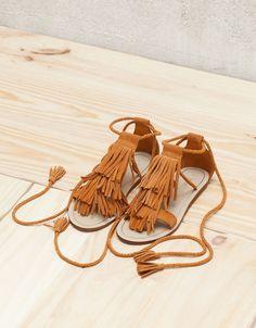 LEATHER Flat fringe detail sandals bers.hk/2075/131