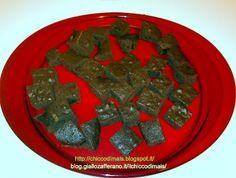 Homemade gluten-free chocolate cake  http://chiccodimais.blogspot.it/2012/05/homemade-gluten-free-chocolate-cake.html  http://blog.giallozafferano.it/ilchiccodimais/torta-al-cioccolato-con-la-fecola/