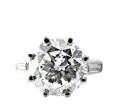 1930s round brilliant cut diamond ring
