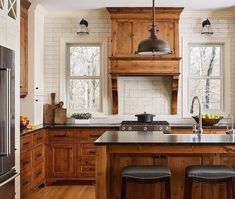 Dark, light, oak, maple, cherry cabinetry and wood kitchen cabinets cherry. CHECK THE PICTURE for Many Wood Kitchen Cabinets. Kitchen Cabinet Design, Brown Kitchen Cabinets, Stained Kitchen Cabinets, Kitchen Remodel, Wood Kitchen, Home Kitchens, Farmhouse Kitchen Design, New Kitchen Cabinets, Kitchen Renovation
